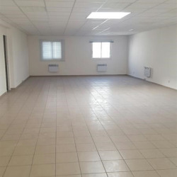Location Local commercial Champigny-sur-Marne 825 m²