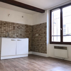 APPARTEMENT T2 LA VILLE DU BOIS - 1 pièce(s) - 27.56 m2