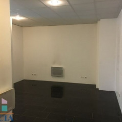 Location Local commercial Metz 77,03 m²