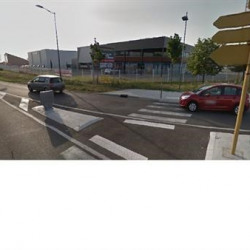 Location Local commercial Saint-Lys 800 m²