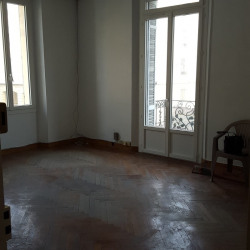 Location Bureau Antibes 130 m²