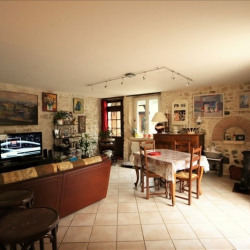 vente Maison / Villa 11 pièces Fleurines