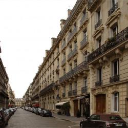 Vente Bureau Paris 8ème 83 m²