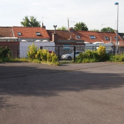 Location Local commercial Hem 350 m²