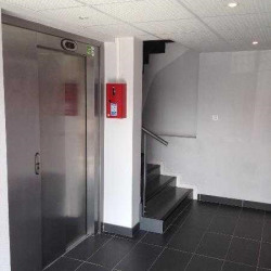 Location Bureau Lormont 605 m²