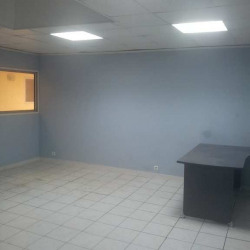 Location Local commercial Marseille 15ème 39 m²