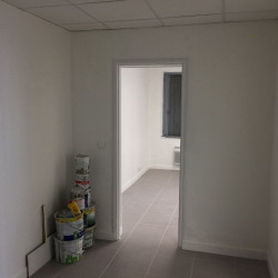 Location Local commercial Maisons-Alfort 55 m²