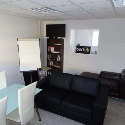 Location Bureau Pérols 93 m²