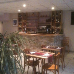 Location Local commercial Meudon 214 m²