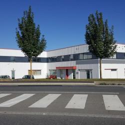 Location Entrepôt Quincy-Voisins 693 m²