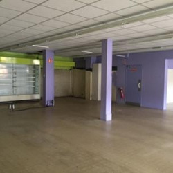 Location Local commercial Bréviandes 181 m²