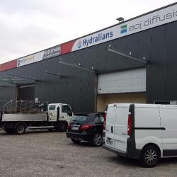 Location Local d'activités Bruges 540 m²