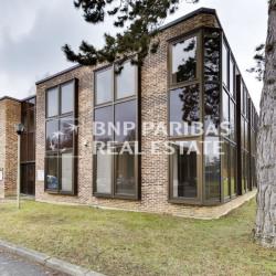 Location Local d'activités Croissy-Beaubourg 3893 m²