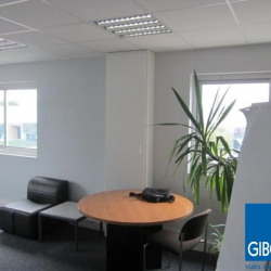 Location Bureau Couëron 110 m²