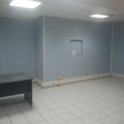 Location Local commercial Marseille 15ème 40 m²