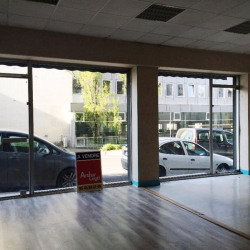 Vente Local commercial Angoulême 57 m²