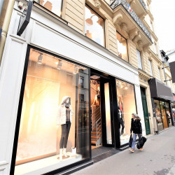 Location Local commercial Paris 9ème 139 m²