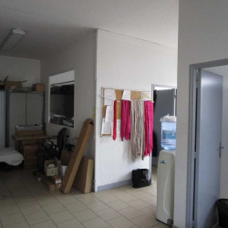 Location Bureau Eysines 120 m²