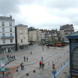 Location Local commercial Limoges 228,3 m²