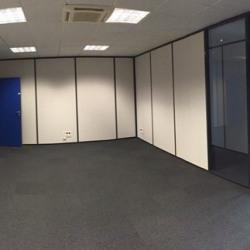 Location Bureau Saint-Genis-Pouilly 427 m²