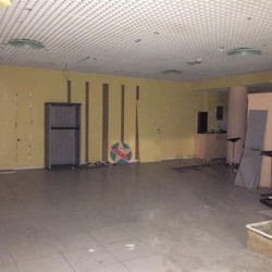 Location Local commercial Saint-Denis 122 m²