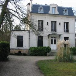 location Maison / Villa 7 pièces Le Vesinet