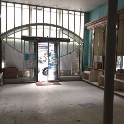 Location Local commercial Paris 9ème 92 m²