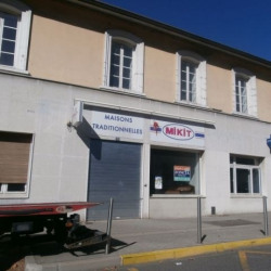 Location Local commercial Vienne 155 m²
