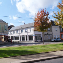 Location Local commercial Le Mans 120 m²