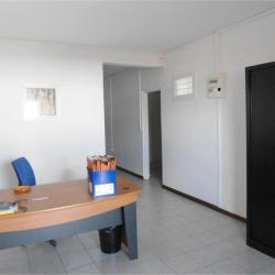 Location Bureau Ducos 18 m²