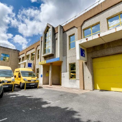 Location Local d'activités Bagneux 2480 m²
