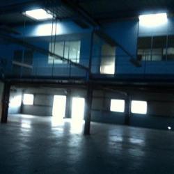 Location Local d'activités Fontaine 604 m²