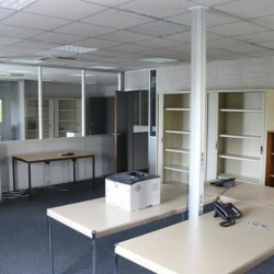 Location Bureau Vitrolles 114 m²