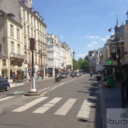Location Local commercial Paris 4ème 50 m²