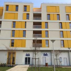 Location Local commercial Nanterre 85 m²