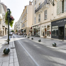 Location Local commercial Cannes 135 m²