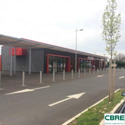 Location Local commercial Pont-du-Château 220 m²