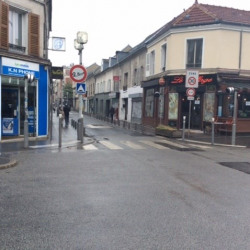 Location Local commercial Bagnolet 72 m²