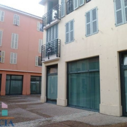 Vente Local commercial Fréjus 0 m²