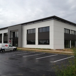 Location Bureau Bourg-en-Bresse 130,37 m²