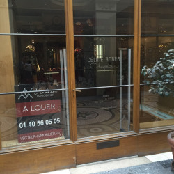 Location Local commercial Paris 1er 43,2 m²