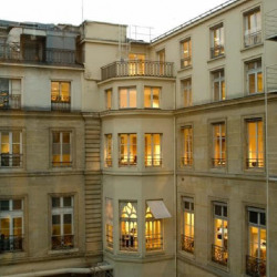 Location Bureau Paris 1er 100 m²