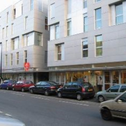 Location Local d'activités Bordeaux 119 m²