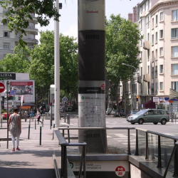 Location Local commercial Lyon 7ème 110 m²