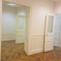Location Bureau Paris 8ème 67 m²