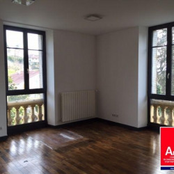 Location Bureau Saint-Marcellin 170 m²