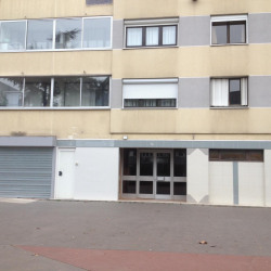Location Local commercial Échirolles 90 m²
