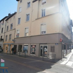 Location Local commercial Vienne 83 m²