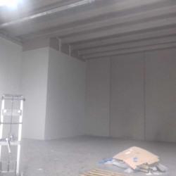Location Local d'activités Vitrolles 400 m²