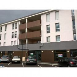 Location Local commercial Bourgoin-Jallieu 106 m²